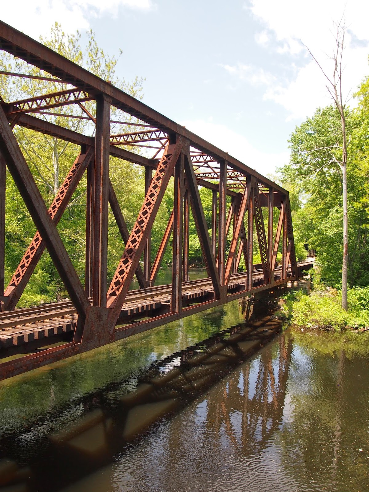 A rail bridge across the Yantic Falls in Norwich, Connecticut
