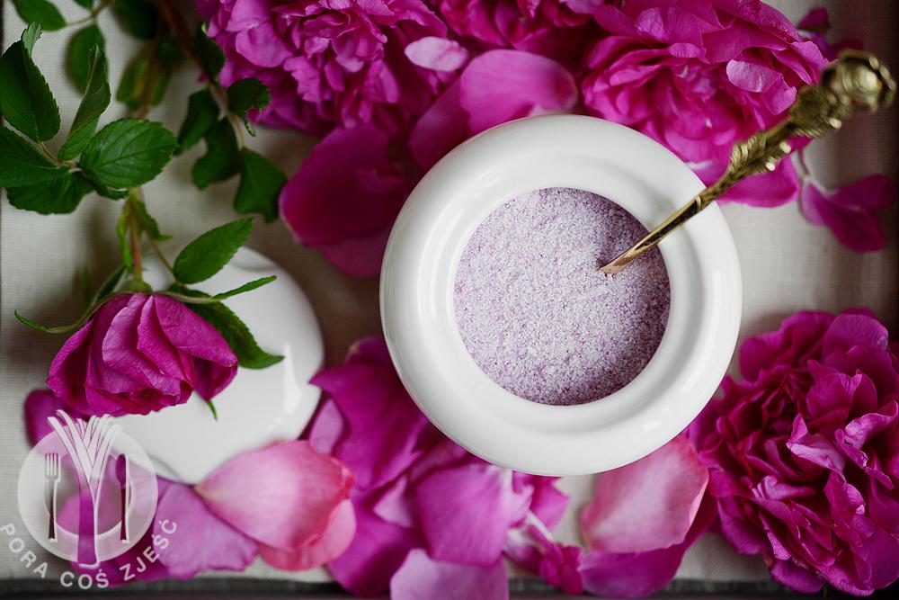 Cukier z róży