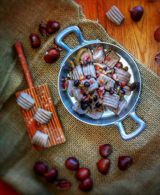 gnocchi di castagne e ricotta con funghi