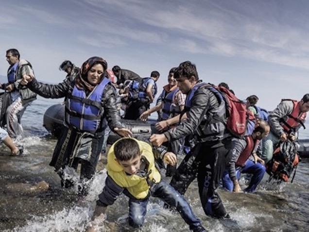 Quiénes manejan los hilos de la crisis migratoria