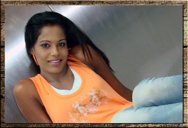 Hiru FM Presenter Shaalu photos | Actress and Girls Photo