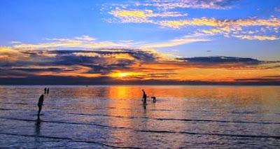 Wisata pantai tanjung pendam, belitung