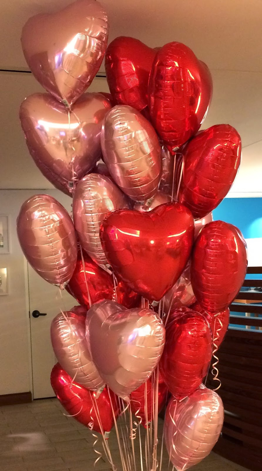 Hearts pink and red balloons bouquet