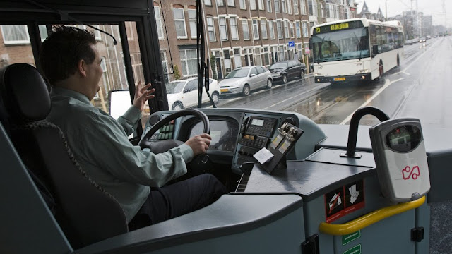 كيف تصبح سائق باص في هولندا