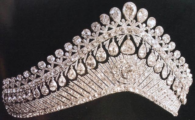empress elizabeth alexeievna russia diamond tiara alexandra feodorovna