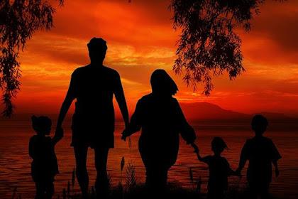 Orangtua Itu Apa? Apa Bedanya Dengan Orang Tua