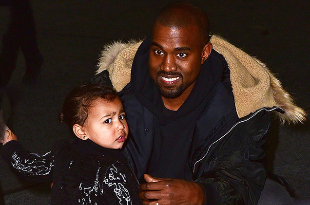 Kanye West se ejercita junto a su hija North (VIDEO)