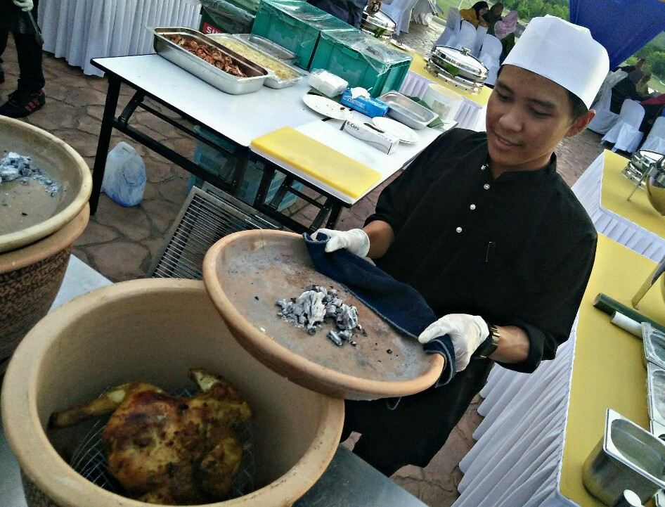 Menu special di Bufet Ramadhan Kota Seriemas Golf & Country Club