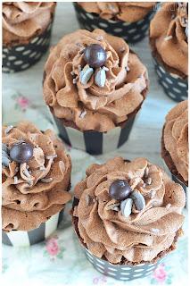 Cupcakes de café caseros EXQUISITOS+TRUCOS para cupcakes PERFECTOS.Cupcakes receta. Cupckes thermomix. Cupcakes decorados. cupcakes recetas fáciles. cupcakes ingredientes. receta basica cupcakes