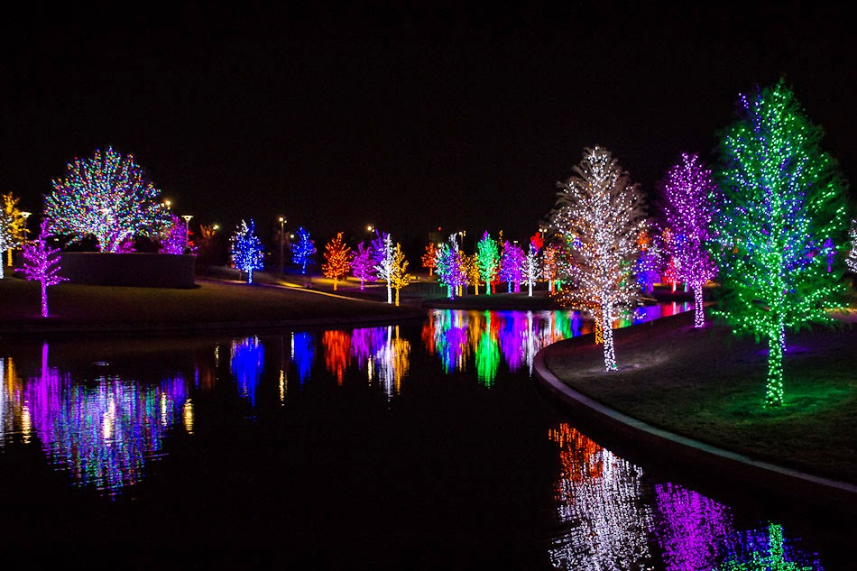 vitruvian park christmas lights addison