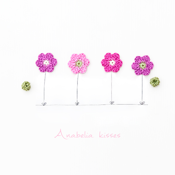 Crochet flowers by Anabelia Craft Design