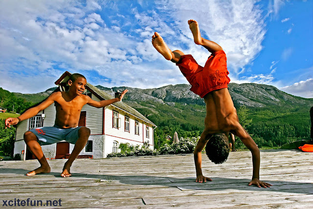 Capoeira - The Dancing Fighters