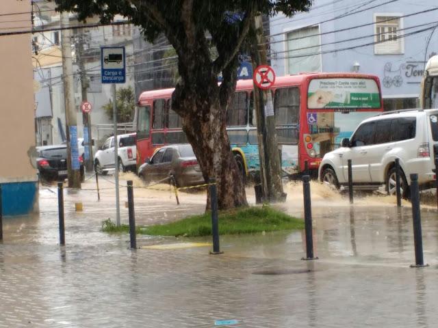 Pouca chuva e muitos problemas no bairro requalificado