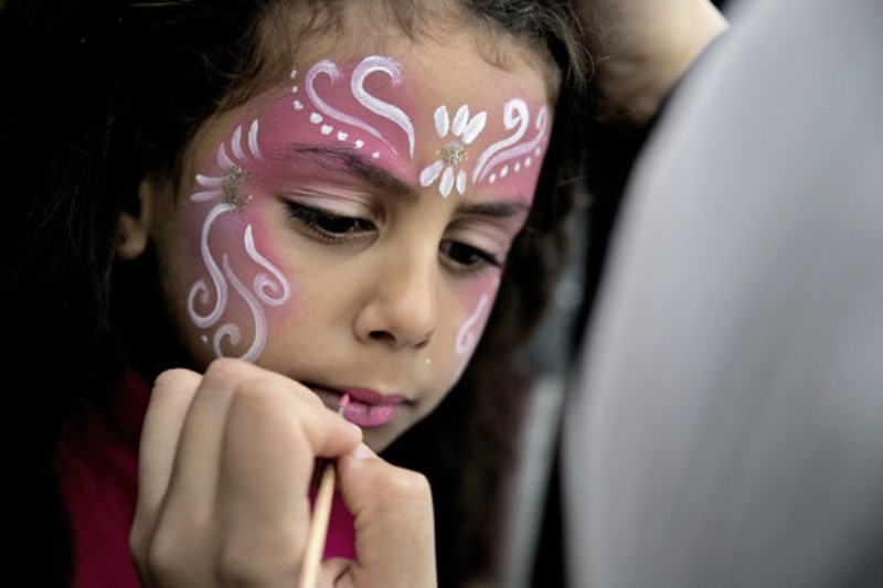 Simple And Easy Face Painting Designs