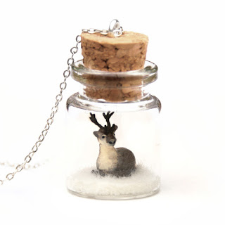 https://www.etsy.com/uk/listing/551565968/reindeer-necklace-winter-terrarium?ref=shop_home_feat_1