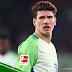 [Repost] Mario Gomez Kembali Ke Pelukan Stuttgart Demi Piala Dunia 2018