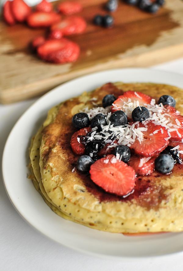 pancake con semolino e yogurt