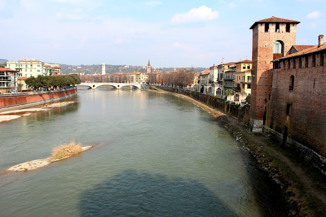 Río Adigio en Verona