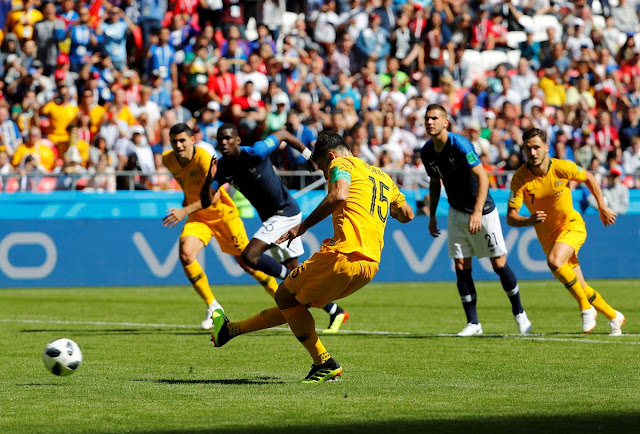 MUNDIAL 2018 | França sofre para vencer Austrália na estreia (2 - 1)