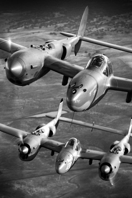 World War II in Pictures: P-38 Lightning: Fork-Tailed Devil