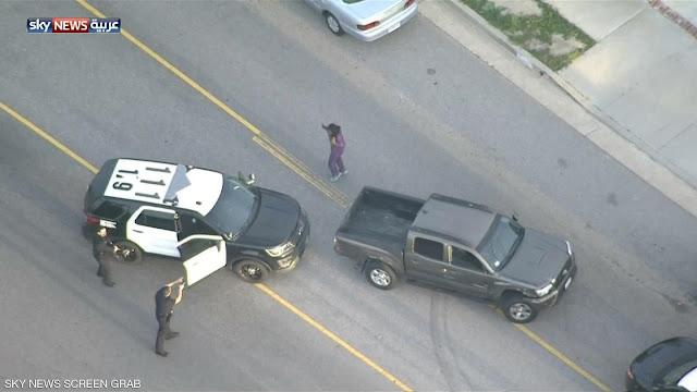 رسمة على سيارة تسببت بمئات المكالمات الهاتفيه للشرطه... شاهدها