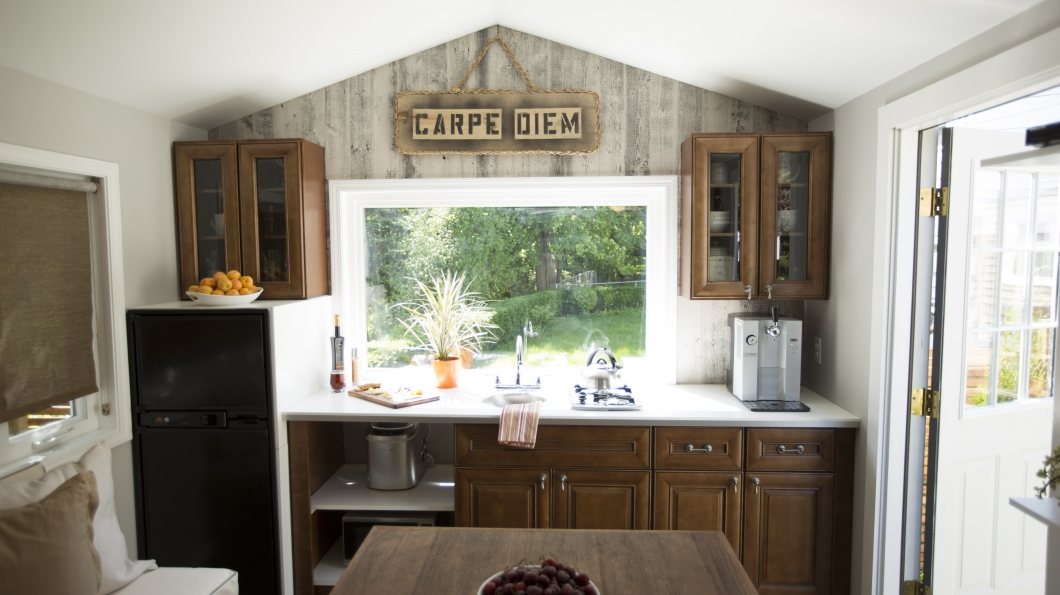 Rochester Studio 210 Sq Ft The Homes Of Tiny House Nation