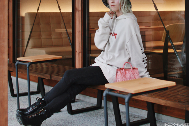 Japanese Fashion Blogger,MizuhoK,20190609OOTD, H&M=men's foodie,Lace up boots, GU= black skinny denim, ZARA= rain hat, STRATHBERRY=fether bag, and more...