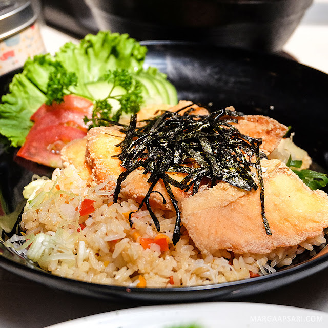 Salmon Cahang Yakimeshi Sekai Restaurant