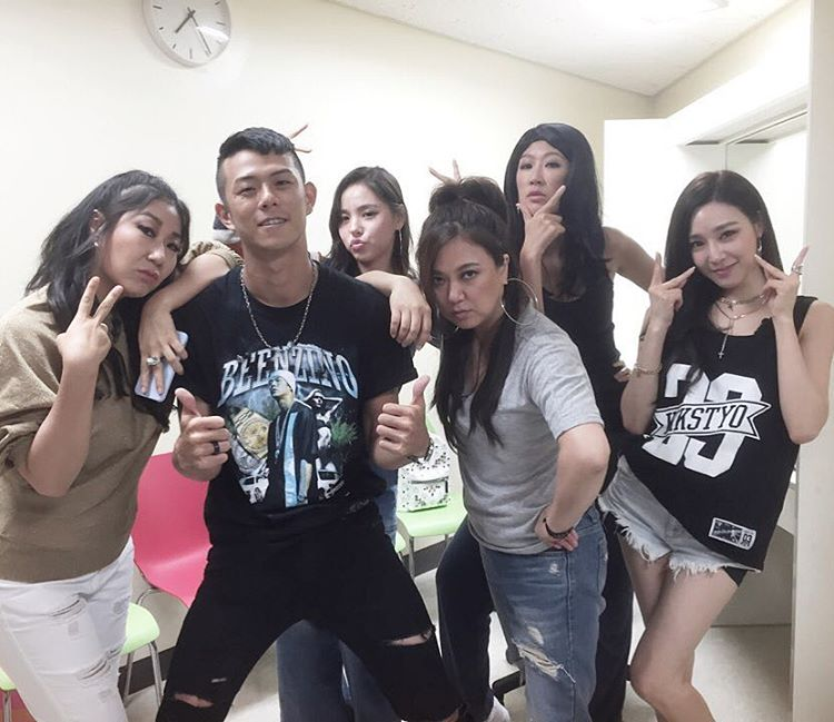 Unnies Slam Dunk: Go Boxing With SNSD's Tiffany And Her Unnies - SNSD