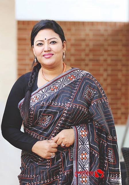 আমি সবার শিল্পী: Momtaz