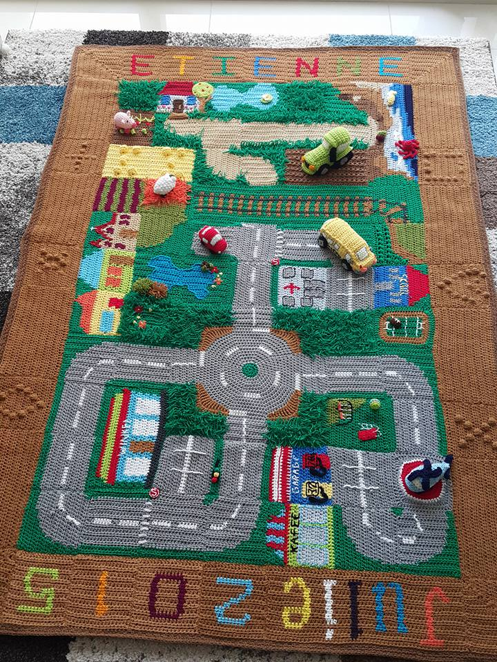 Happy Berry Crochet Crochet Road Play Mat Cal