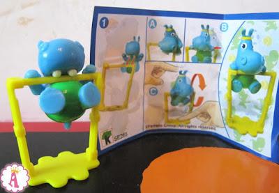 Серия игрушек из киндеров Семейка бегемотов