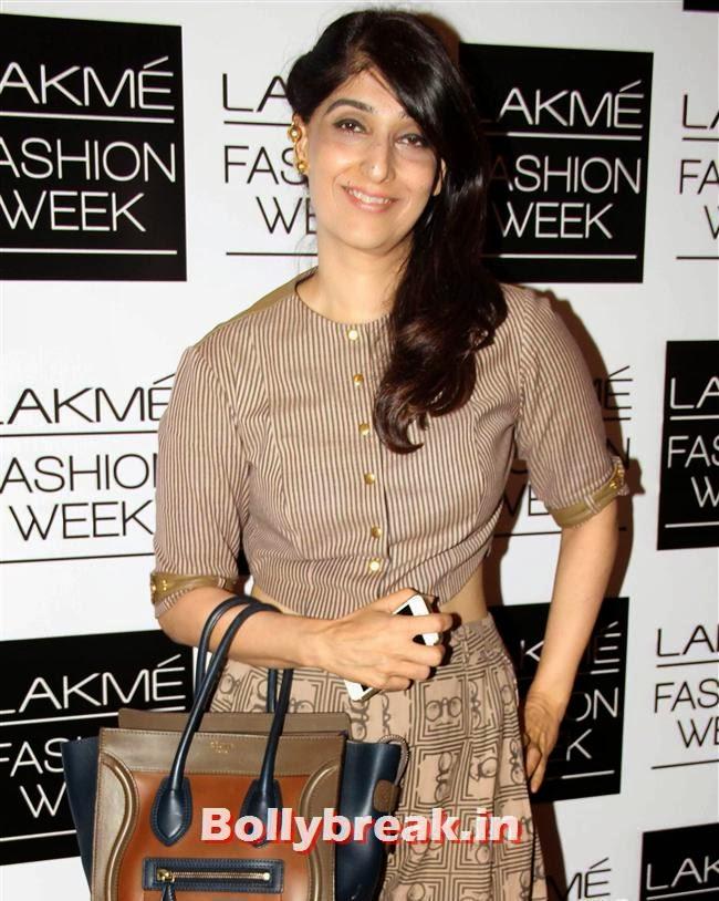 , Bollywood Actresses at Lakme Fashion Week 2014