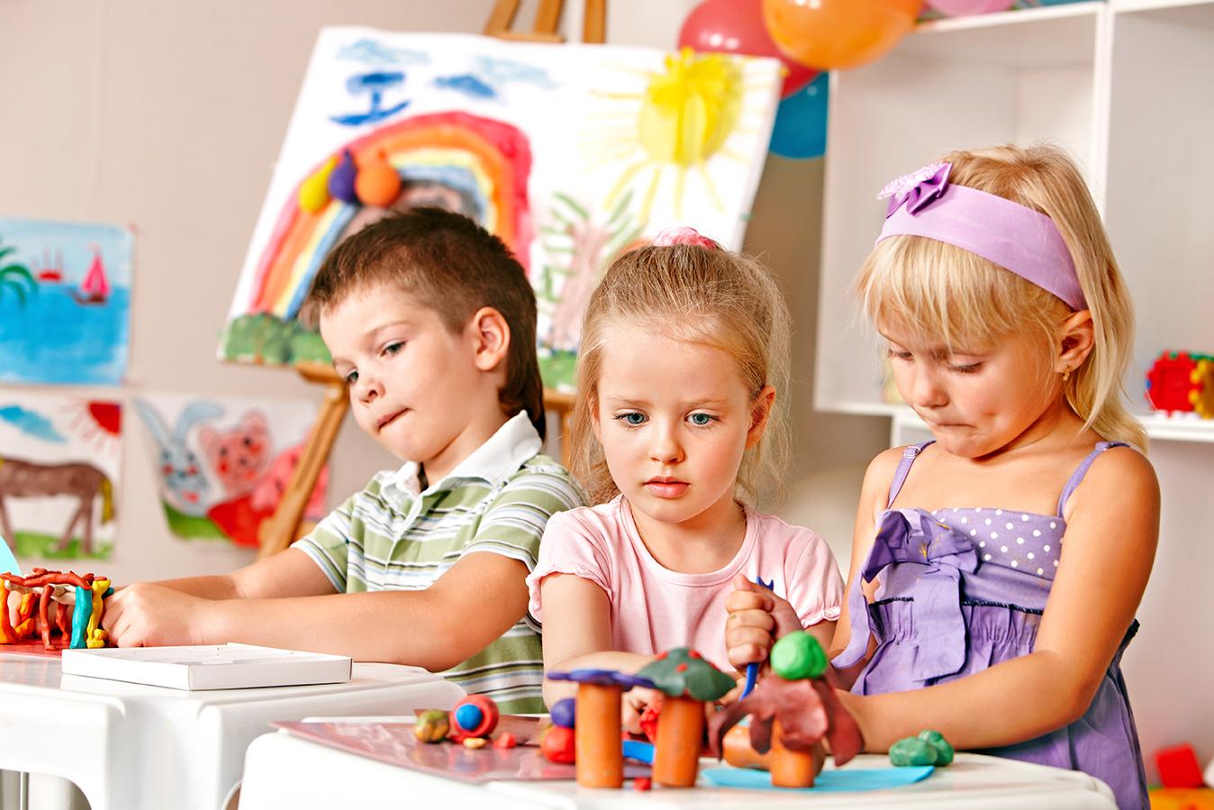 Perkembangan Anak Usia Dini MITRA RISET