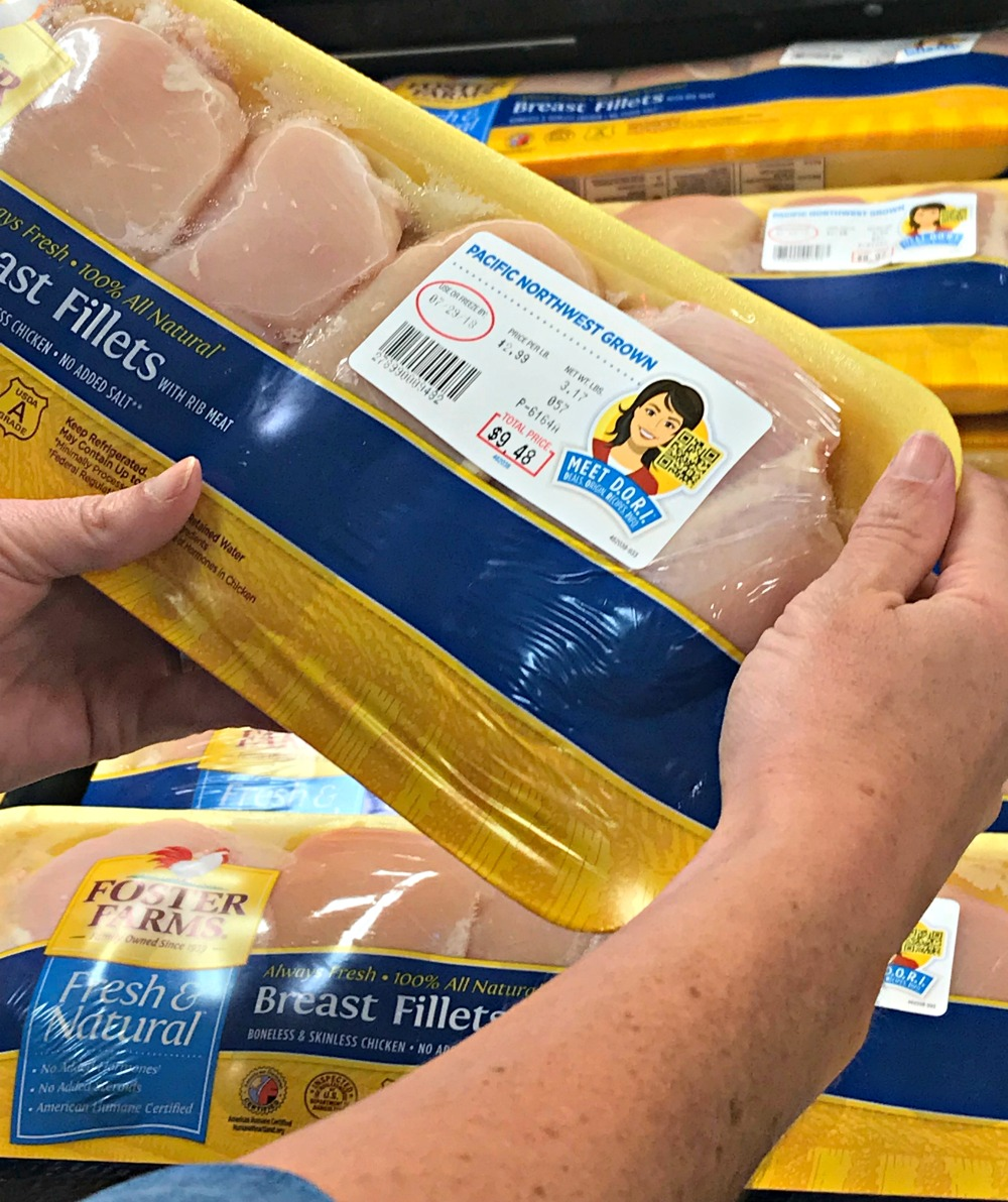 Foster Farms fresh and natural chicken with QR code