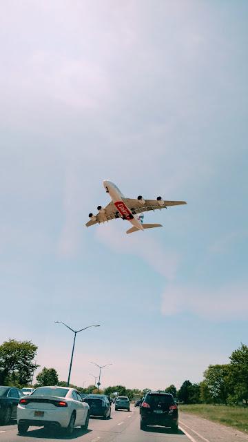 літак (plane)