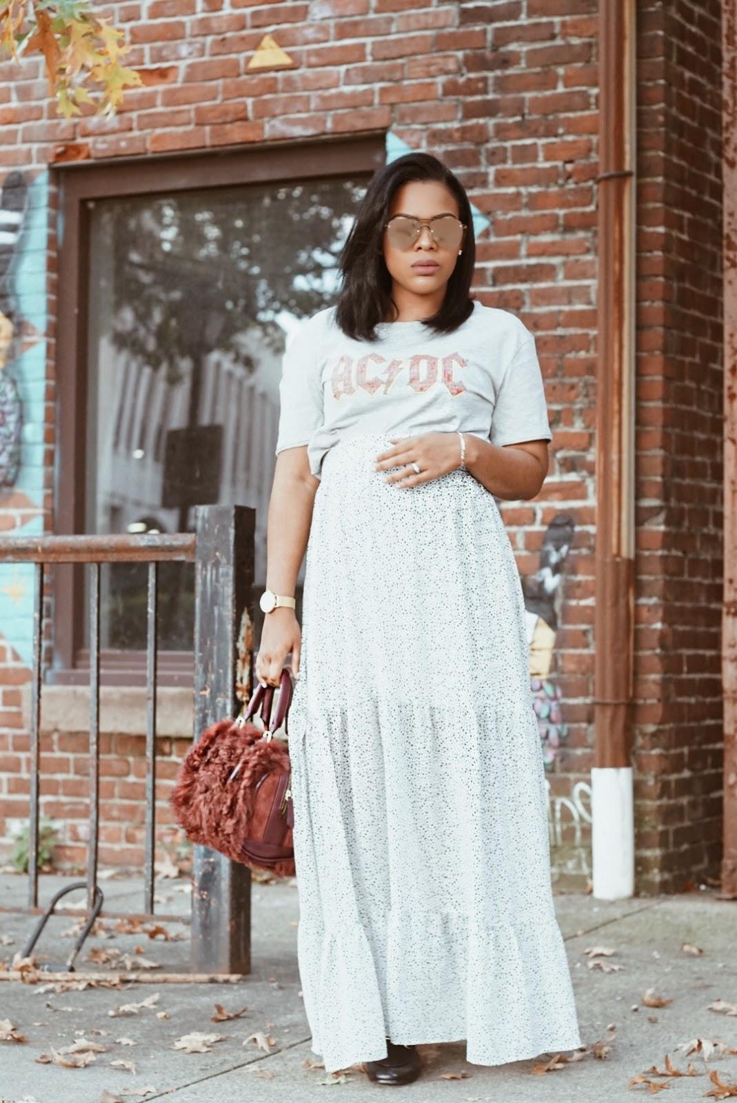 899736ff528df Camisa de mami similar aqui   Falda de mami comprala aqui   Zapatos de mami  compralos aqui   Cartera similar aqui   Lentes en special aqui