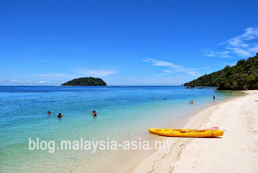 Pulau Manukan Beach