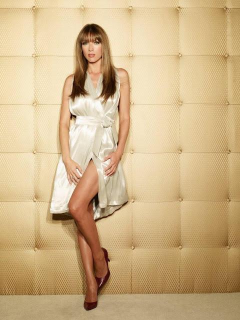 Natalie Zea Sexy Legs