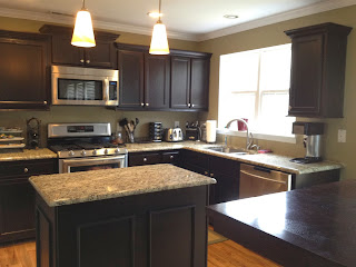kitchen cabinets without crown molding no headache kitchen cabinet makeover finish pros 21453
