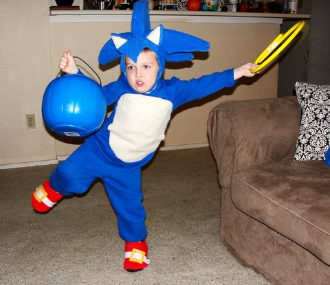 DIY Sonic the Hedgehog and Knuckles Halloween Costume  sc 1 st  Little Lovables & Little Lovables: DIY Sonic the Hedgehog and Knuckles Halloween Costume