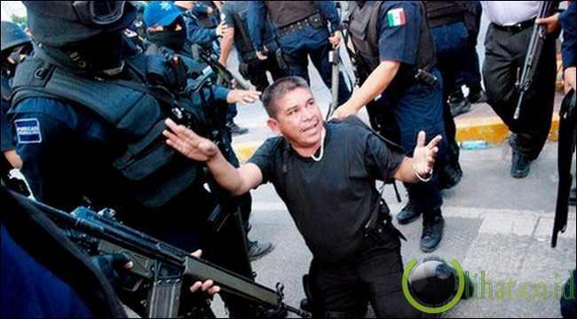 Mexico Police