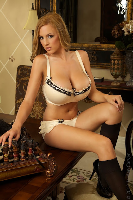 Jordan-Carver-Rococo-Hottest-Photoshoot-HD-Image-8