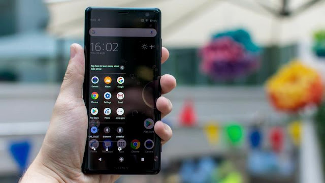 Download Wallpapers Sony Xperia XZ3 Quad HD, Gratis!