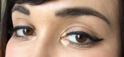 ma routine pour les sourcils avec Benefit Cosmetics