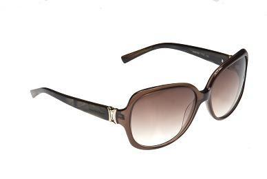 e6f42da4f19c6 Inspirado na apresentadora Ana Hickmann cada óculos possui um design único,  para que o modelo possa agradar a todos os gostos satisfazendo por completo  as ...
