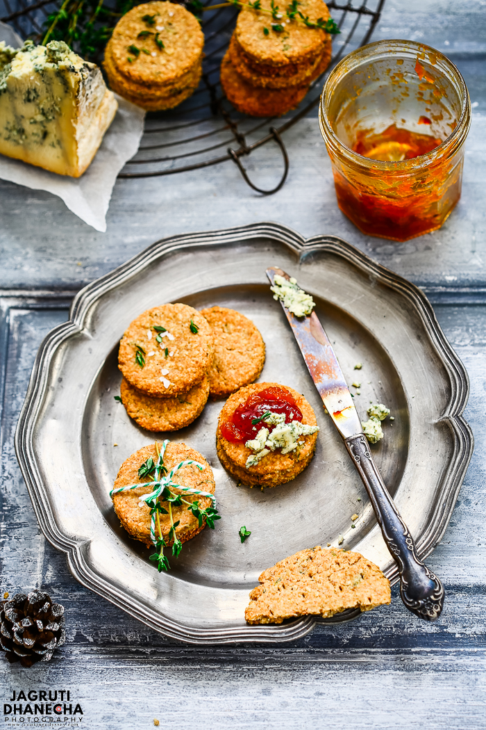 These Vegan Thyme Oatcakes are very simple to make, delicious to eat and put into fabric-lined boxes, cover with a lid and tie with festive ribbon, make a wonderful gift for friends and family.