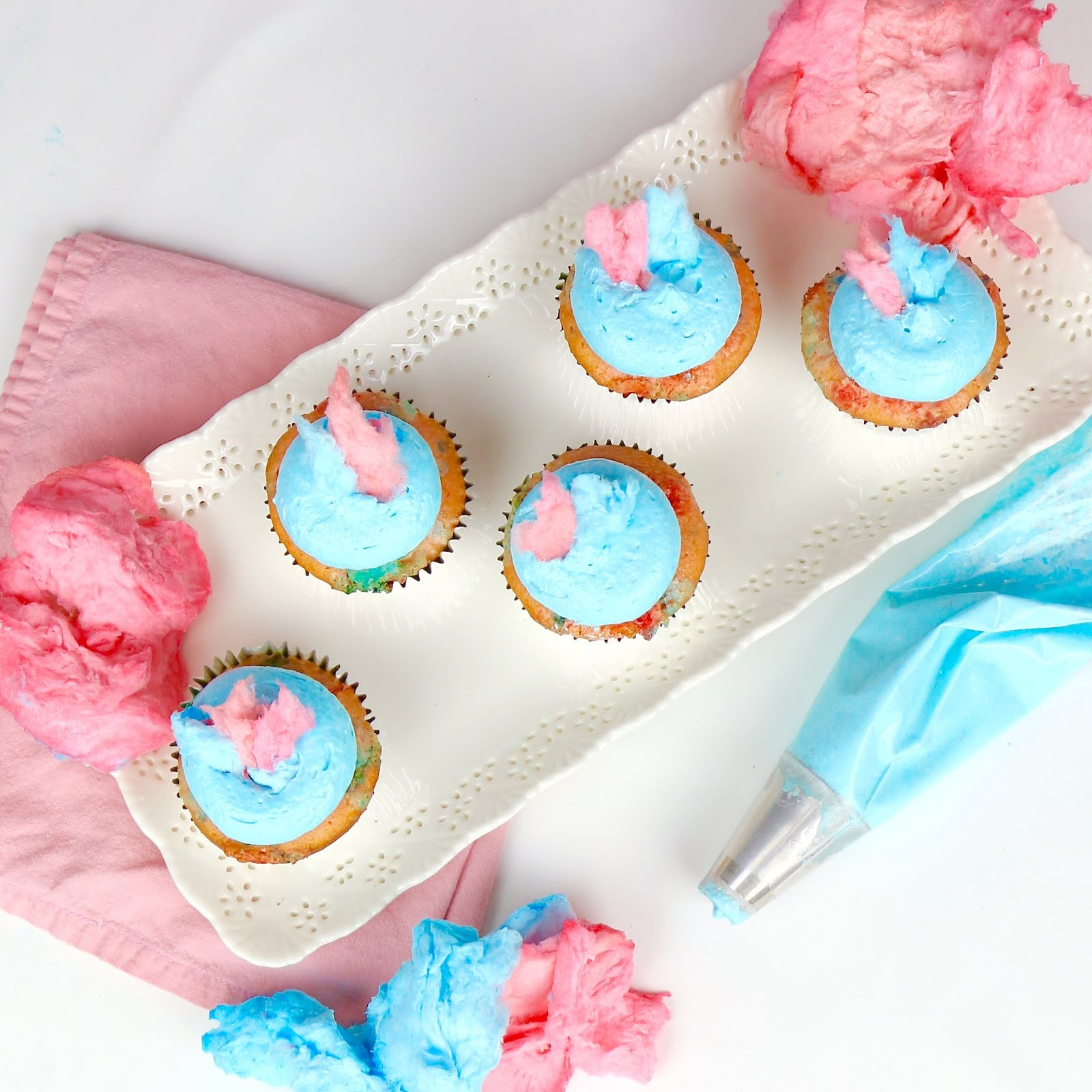 {VIDEO} Cotton Candy Cupcakes - Lindsay Ann Bakes