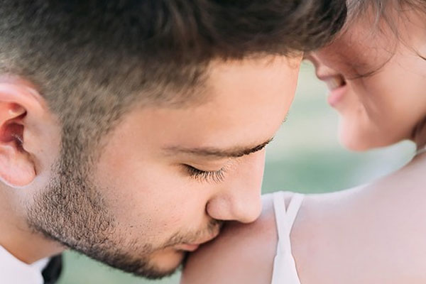 casamento feliz, marido que ama a esposa