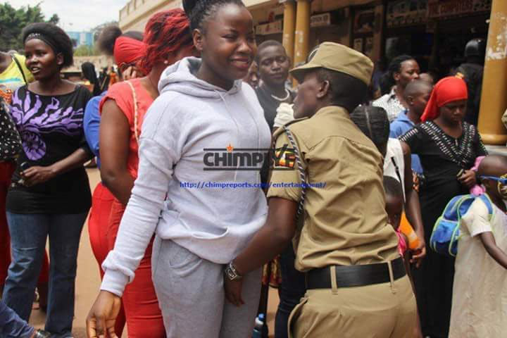 Dafuq? See how women were searched at stadium entrance during football match